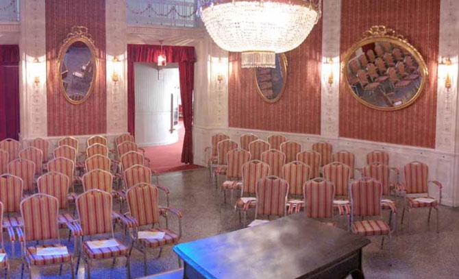 Eine Matinee im Max-Reinhardt-Foyer der Bühne Baden.