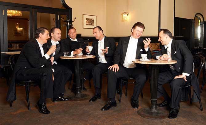 Die Wiener Comedian Harmonists swingen musikalisch durchs Berlin der Zwischenkriegszeit.