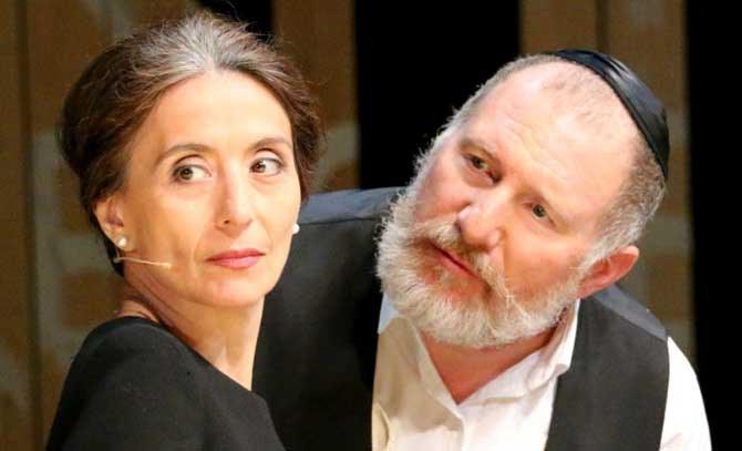 Jazzsängerin Timna Brauer und Opernsänger Rupert Bergmann laden zu einem abwechslungsreichen musikalischen Abend an die Bühne Baden. © privat