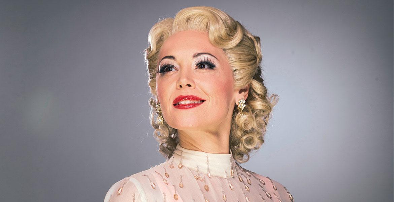 """Der Operettenklassiker """"Die Csárdásfürstin"""" mit Jennifer Davison."""