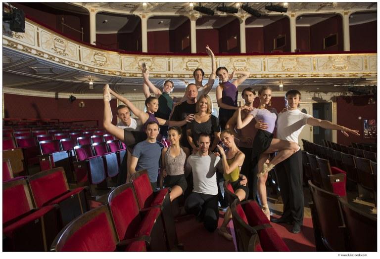In einer Ballett-Gala zeigt das Ballett der Bühne Baden – unter der Leitung von Michael Kropf – Highlights der Tanzkunst. Bühne Baden