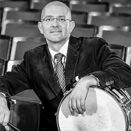 Der gebürtige Ungar ist Schlagzeuger und seit 2011 am Stadttheater Baden engagiert